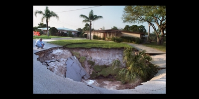 Florida Sinkhole in the city street!
