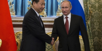 BOTH LEADERS OF CHINA, and RUSSIA NOW BOSSOM BUDDIES