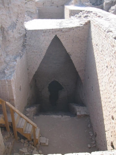 Tomb of Queen Shub-Ad of the Sumerians!