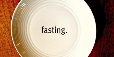 Fasting triggers stem cell regeneration of damaged, old immune system