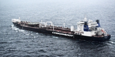 Greenpeace Ship To Confront Russian Arctic Tanker